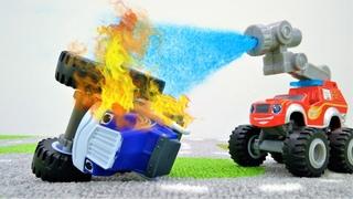 Crusher deixa verde todos os semáforos da cidade! Carros Blaze and the Monster Machines em português