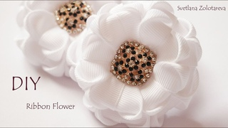 Резинки для волос с белыми цветами из ленты Канзаши