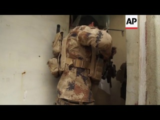 Heavy fighting in Mosul's Tahrir district