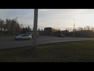 В Новочебоксарске по улице Коммунальная власти и д...