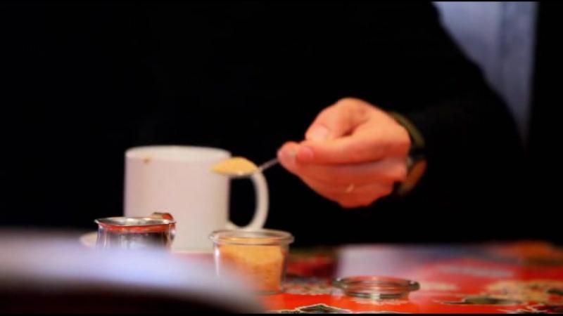 Сайнфелд с друзьями в поисках кофе 1 08