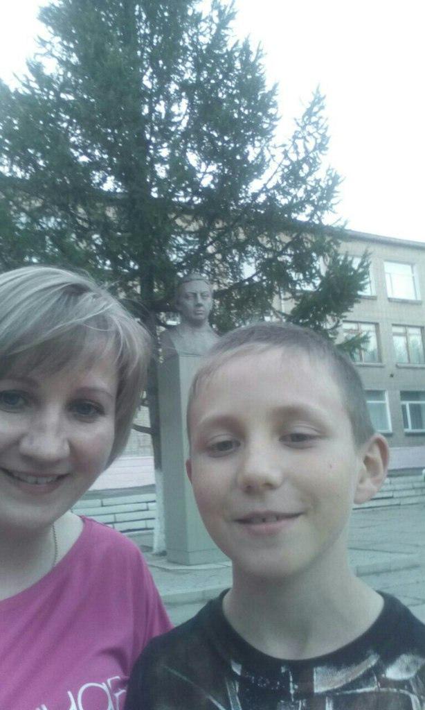 Данила Резинкин с мамой