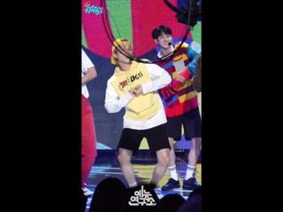 180922 Jinho - Naughty Boy (Fancam) @ Music Core