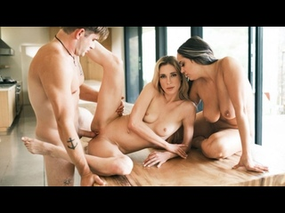 Aiden Ashley, Sofi Ryan - Behind The Blog [EroticaX] All Sex Big Tits Ass 69 Passion Doggystyle Cowgirl Threesome Brazzers Порно