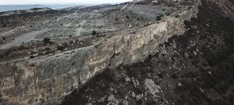 Земля один огромный древний карьер, изображение №12