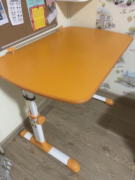 Стол для дошкольников и начальной школы, в идеальн...