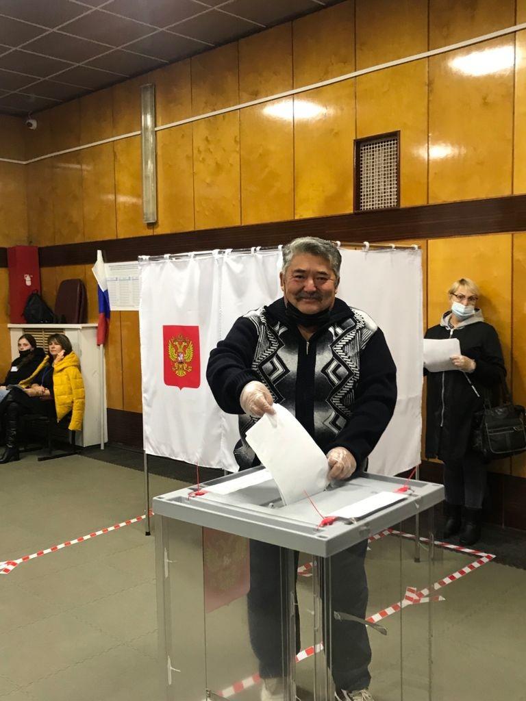 Первый голосующий